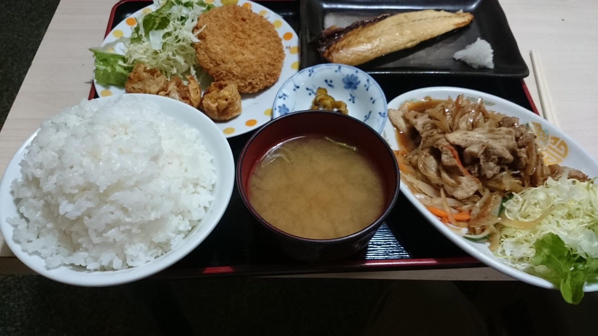 徳次郎食堂 おまかせ2